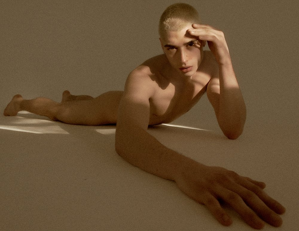 Teen gifs girls curvy nude