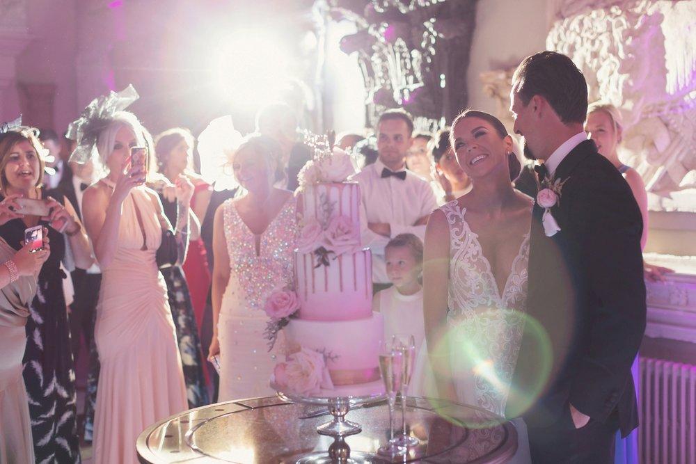 berta-bride-aynhoe-park-wedding-64.jpg