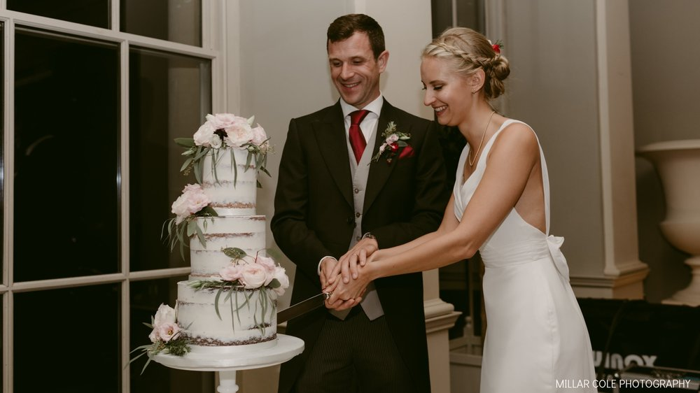 IMAGE: MILLAR COLE PHOTOGRAPHY CAKE: THE CONFETTI CAKERY VENUE: STUBTON HALL