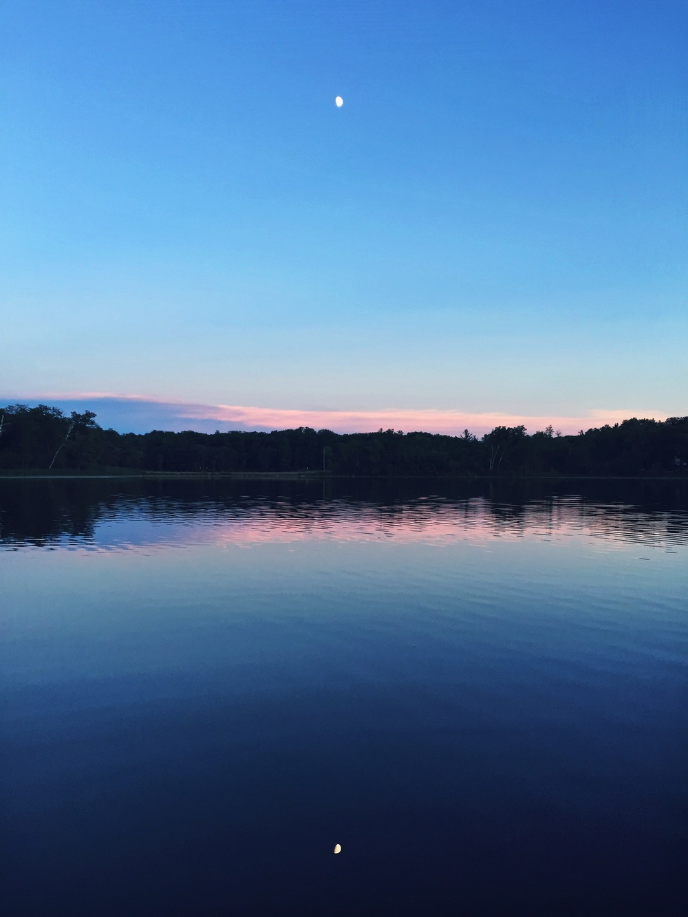 We took the canoe or the paddleboat out every night, and one night, we were given this view... Minnesota, you're stunning.