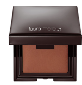 Laura Mercier | Candleglow Sheer Perfecting Powder in medium deep.