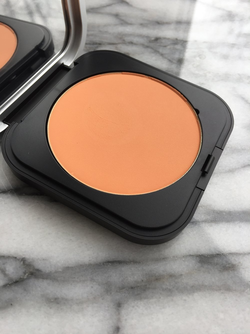 MUFE HD pressed finishing powder
