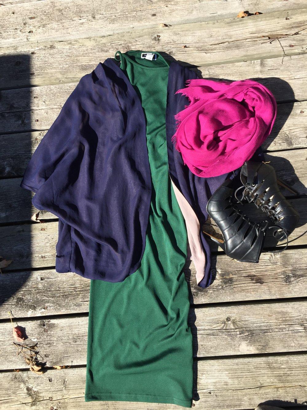 Green midi dress with purple kimono style cardigan, fuchsia scarf and black strappy heels