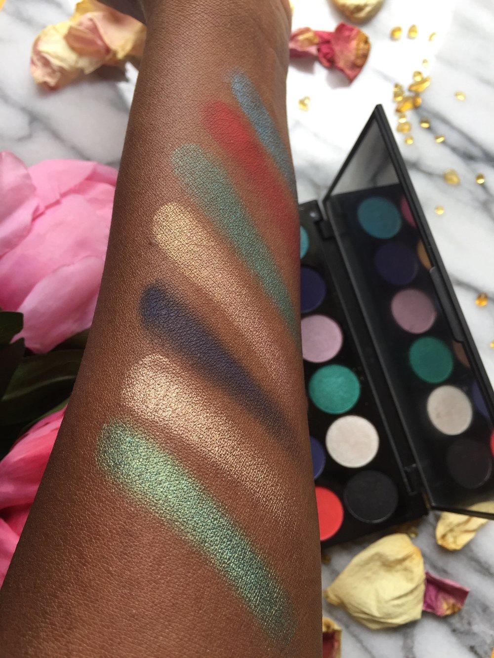 Sleek Lagoon Eyeshadow Palette