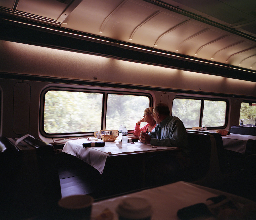 Dining car seating