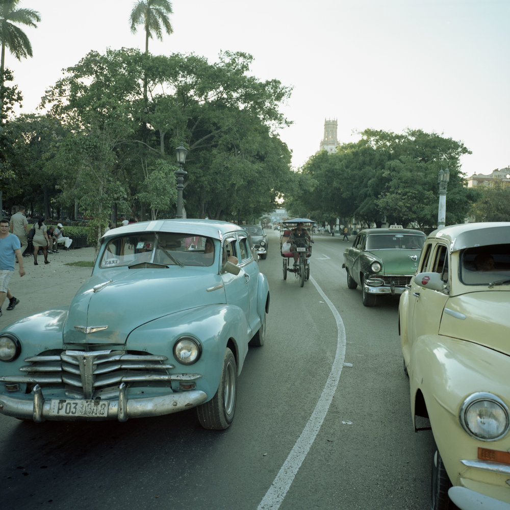 Typical light in Havana Gf670w + Portra