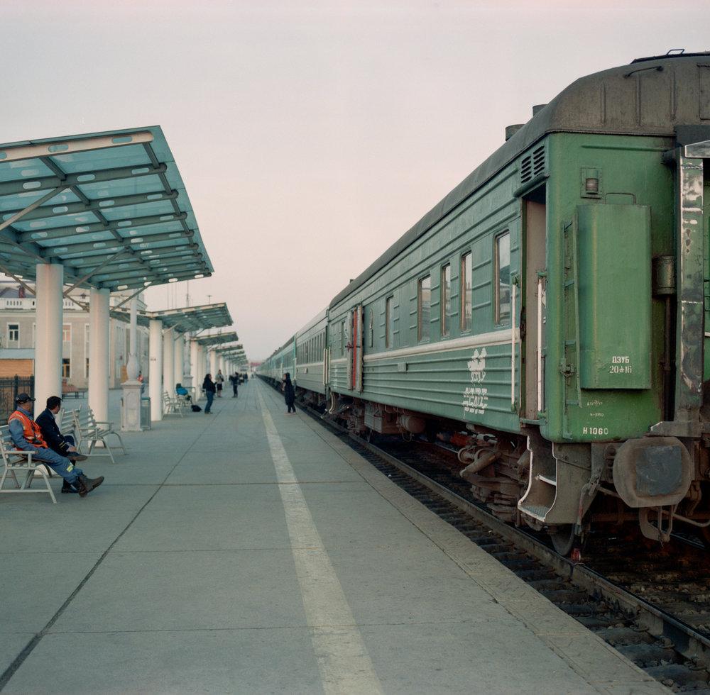 Our train to Irkutsk in Ulaanbaatar Fuji GF670 | Agfa Vista 400