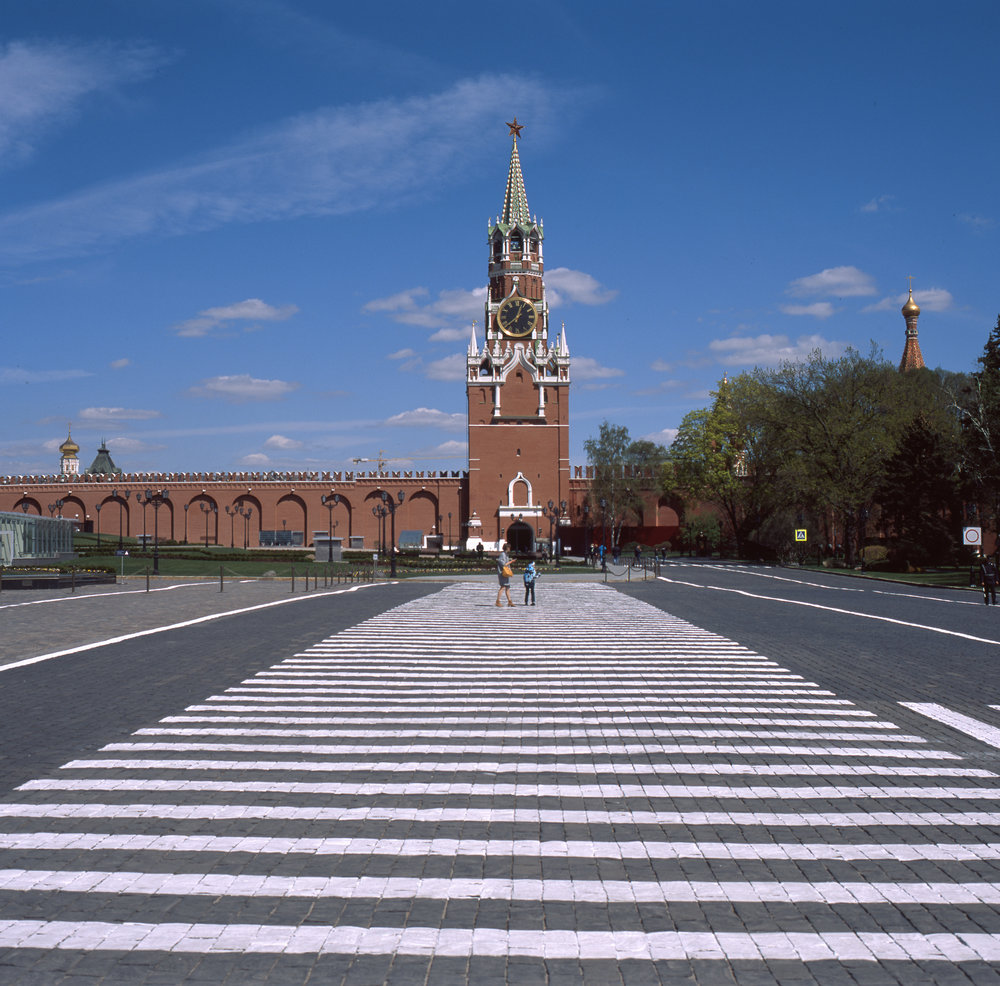 A fairly empty Kremlin. Spasskaya Tower Fuji GF670 | Fuji Provia 100f