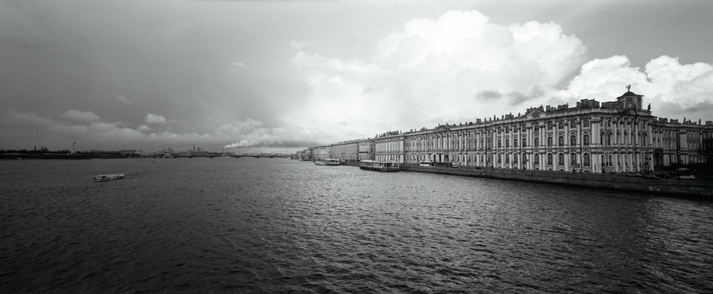 The Hermitage P614 | Super Angulon 58mm | Ilford HP5