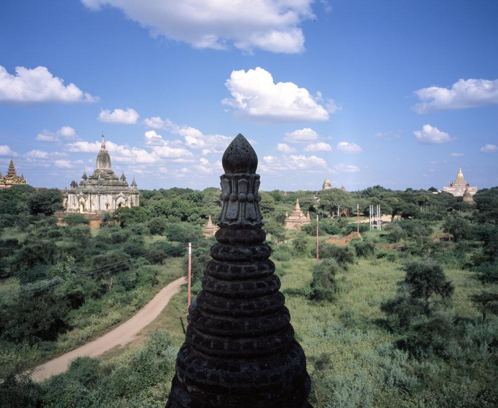 Bagan Pagodas Fuji GF670w | Fuji Provia 100f