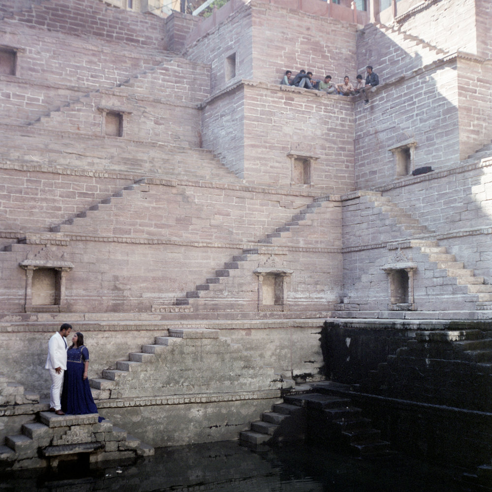 Wedding Photos at the Stepwell Rolleiflex 2.8D | Fuji Pro 400