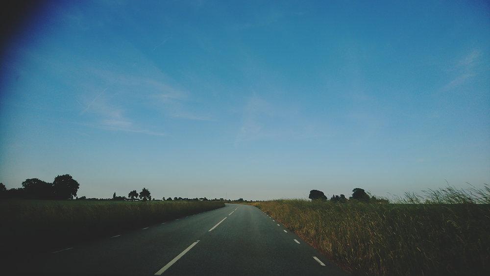 att-skriva-eller-att-fotografera-jasmin-erhorn-seos-fotografi-road-trip-sverige-skane-fotoblogg.jpg