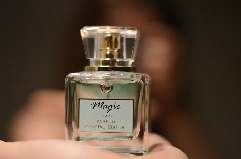boudoir+fotograf+morgongava+skane+brollopsgava+brudgum+parfym.jpg