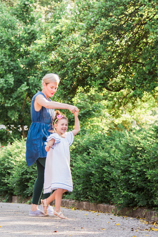 17-0516-Family photos_SE-5.jpg