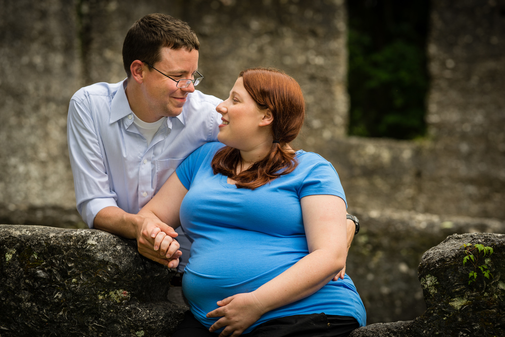 17 Courtney and John Maternity.jpg