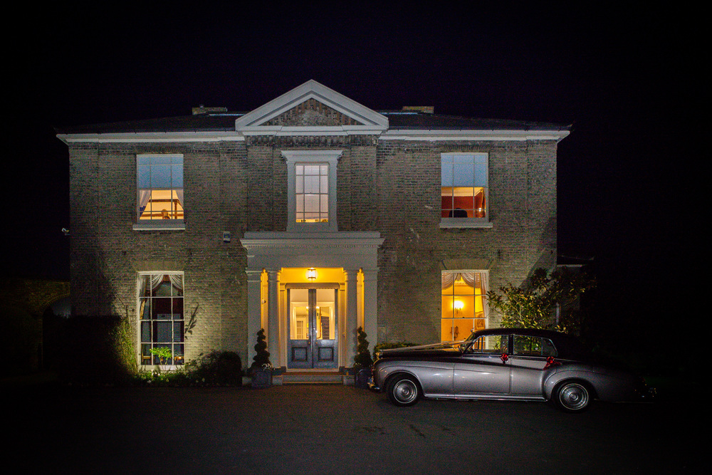 Low light? Not a problem with the 50mm 1.8 - we can still get some atmospheric shots of your wedding venue.