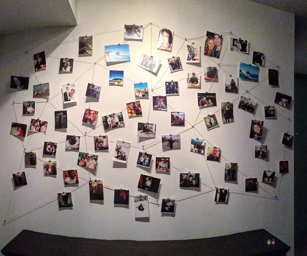 DIY PHOTO WALL.JPG