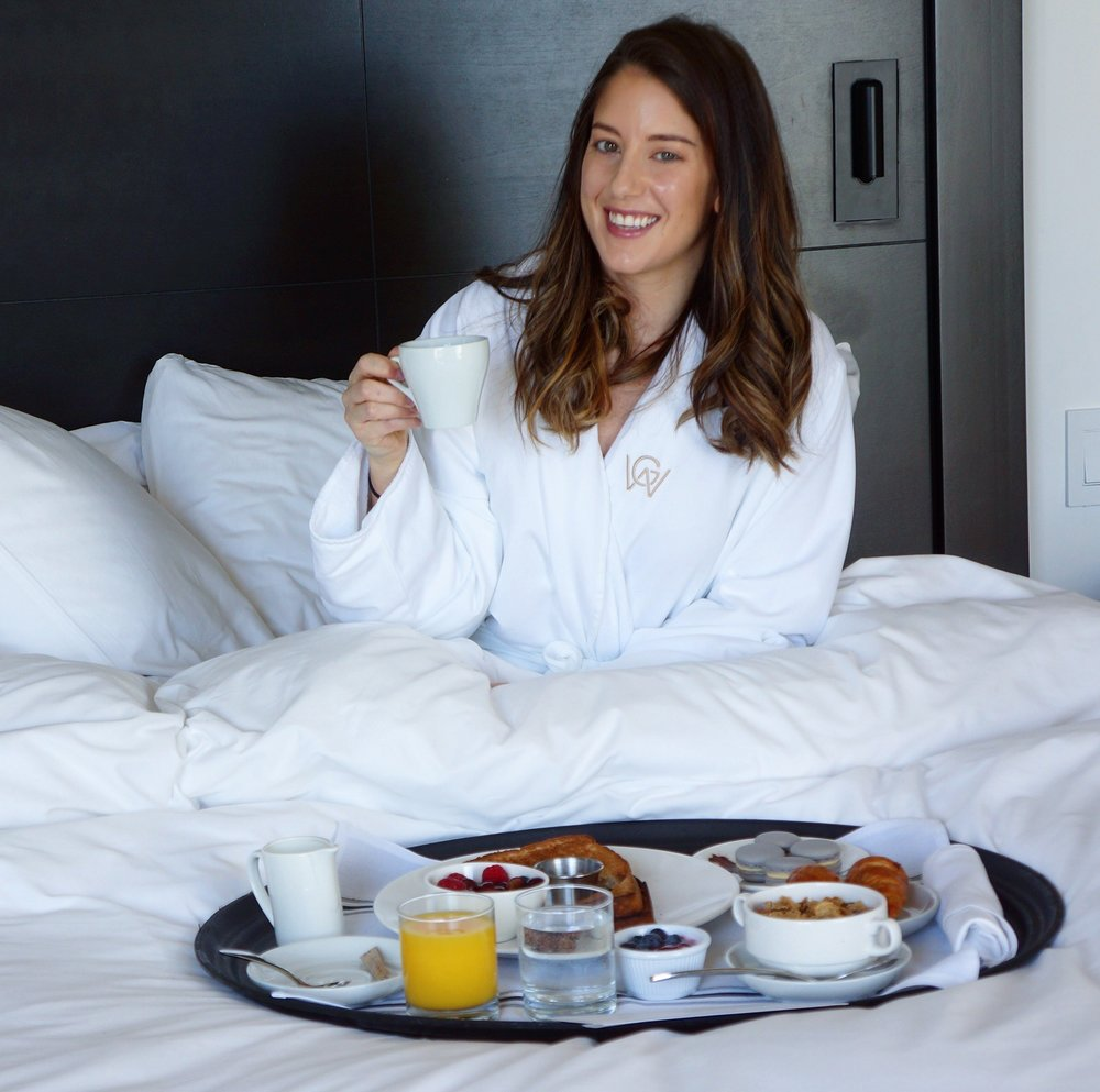 Enjoying Breakfast in bed at Hotel William Gray
