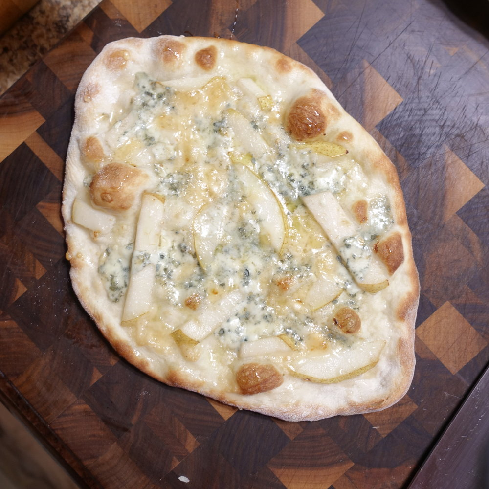 Blue cheese, Pear and Honey Pizza