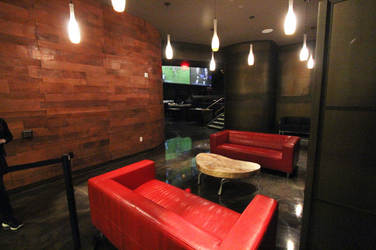 victory-lounge-area-750x500.jpg