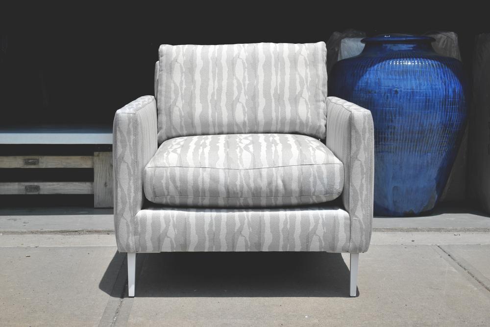 Chair_100.jpg