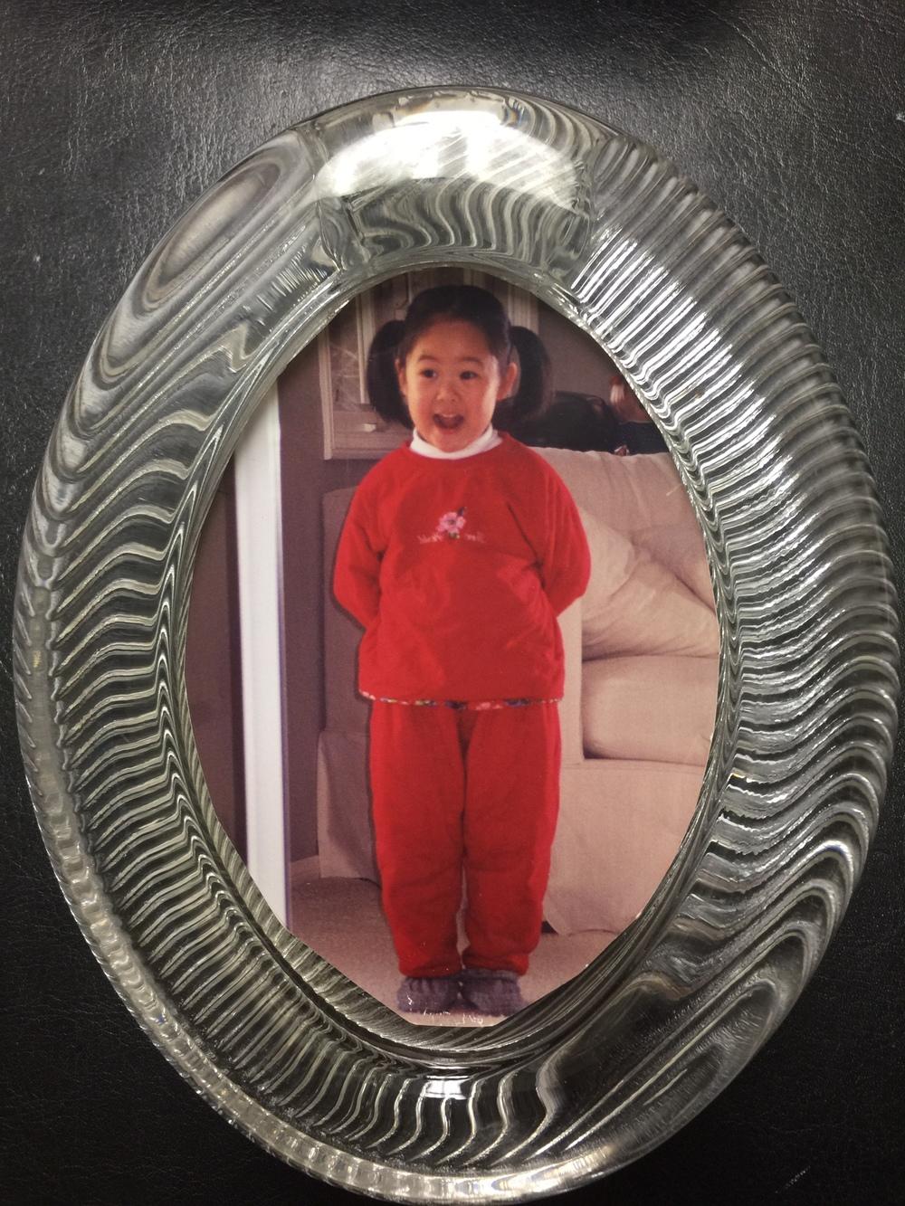 许晓妮女儿的童年照片