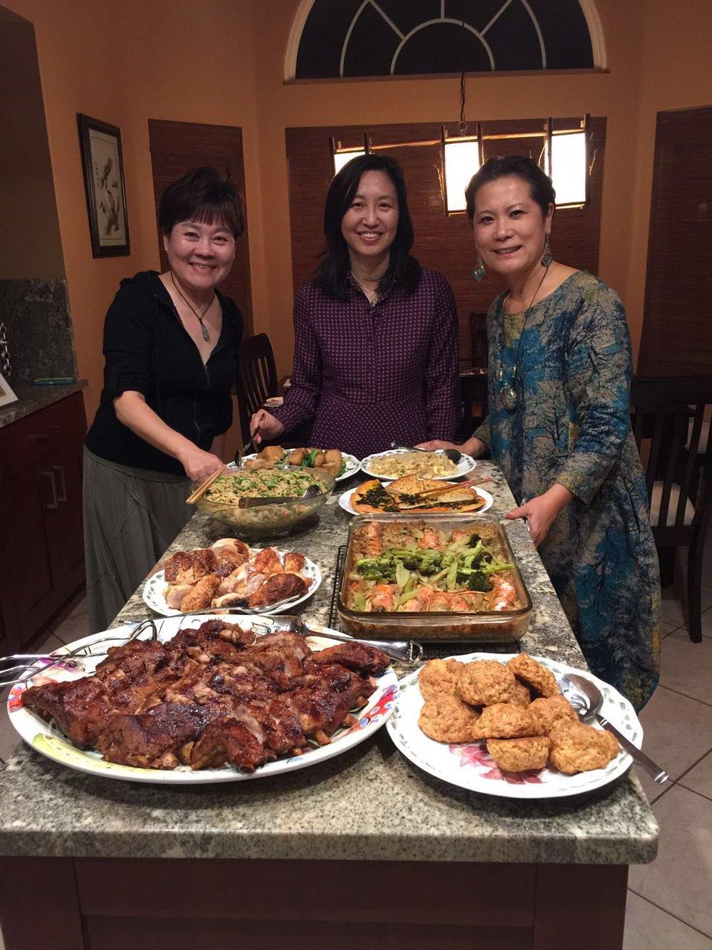 右起:李岘、曾晓文、许晓妮