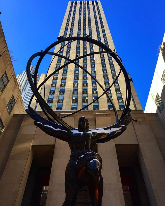 Rockefellers rule the world #illuminati