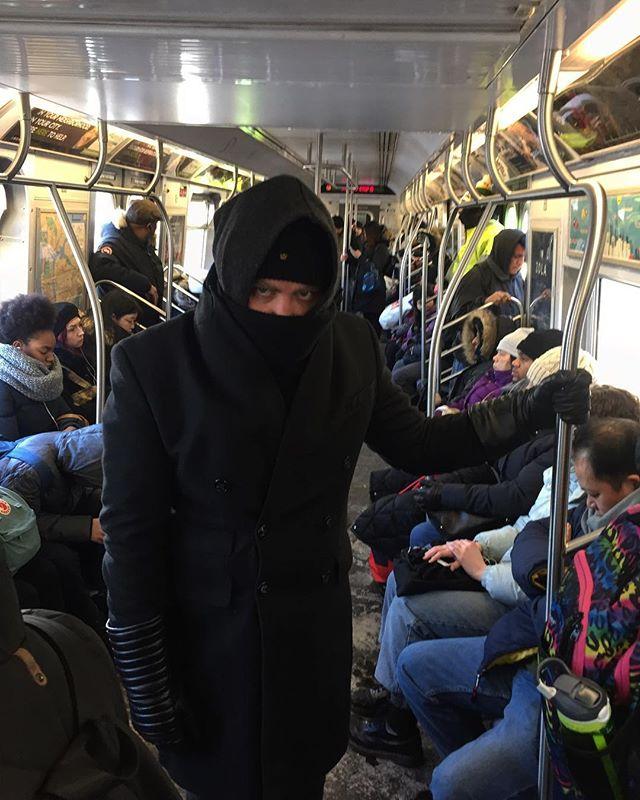 @anaakujin on the subway super warm . #mta #nyc