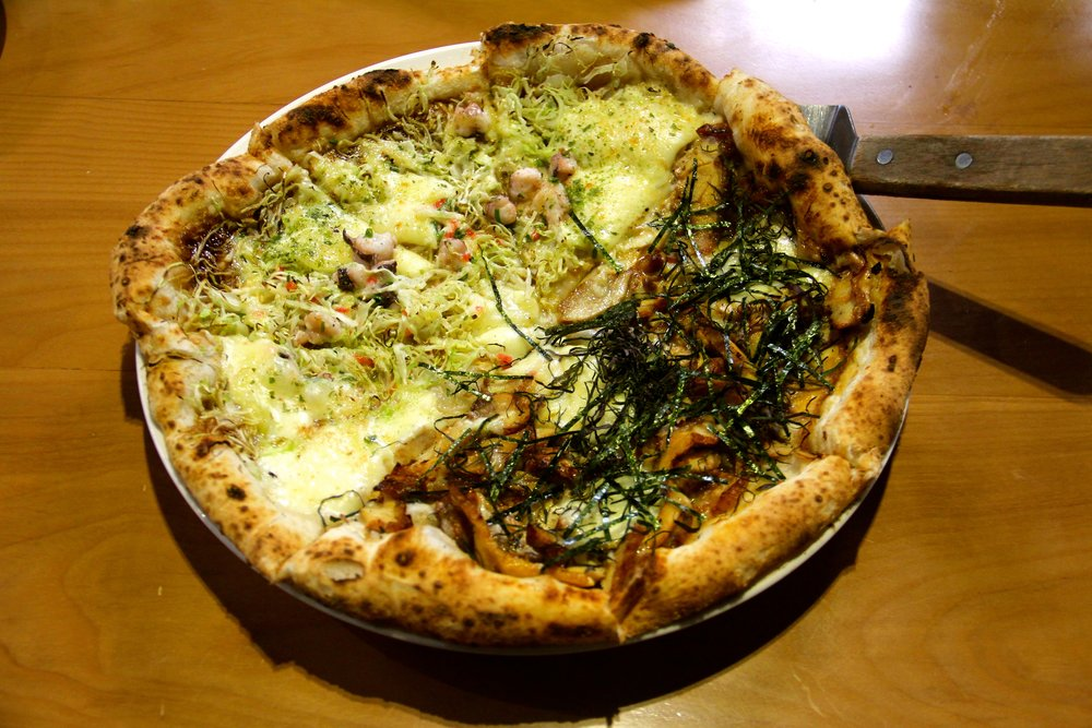 Okonomiyaki & Calamari Seaweed Pizza, Pizza 4Ps, Hanoi, Vietnam