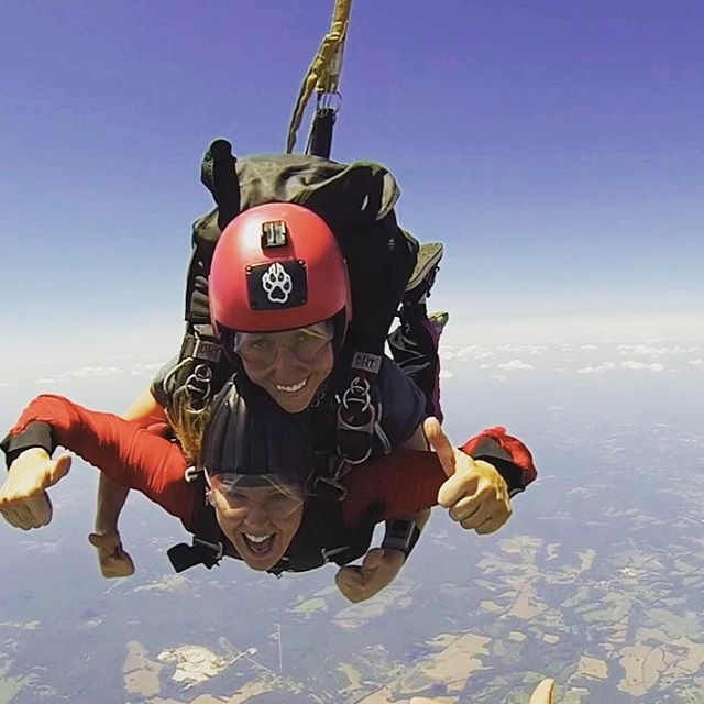 First #skydive. Officially addicted now. #photooftheday #nofear #skydiving