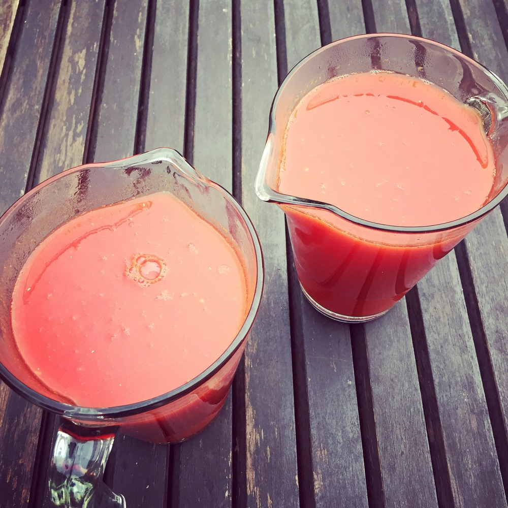 IT ALL STARTS WITH A FRESHLY MADE TOMATO JUICE.