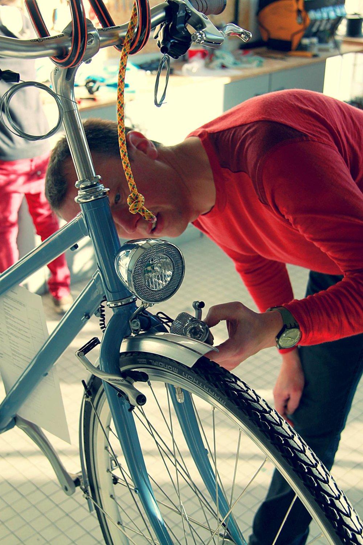 Bij ons atelier ontdek en probeer onze fietsen
