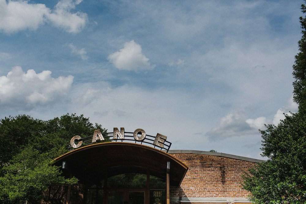 canoe_restaurant_roswell_atlanta_wedding_photographers_1121.jpg