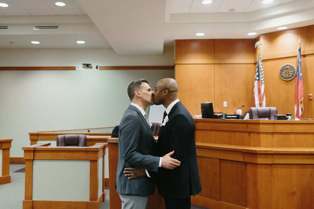decatur_atlanta_courthouse_elopement_dekalb_gay_weddings-1343.jpg