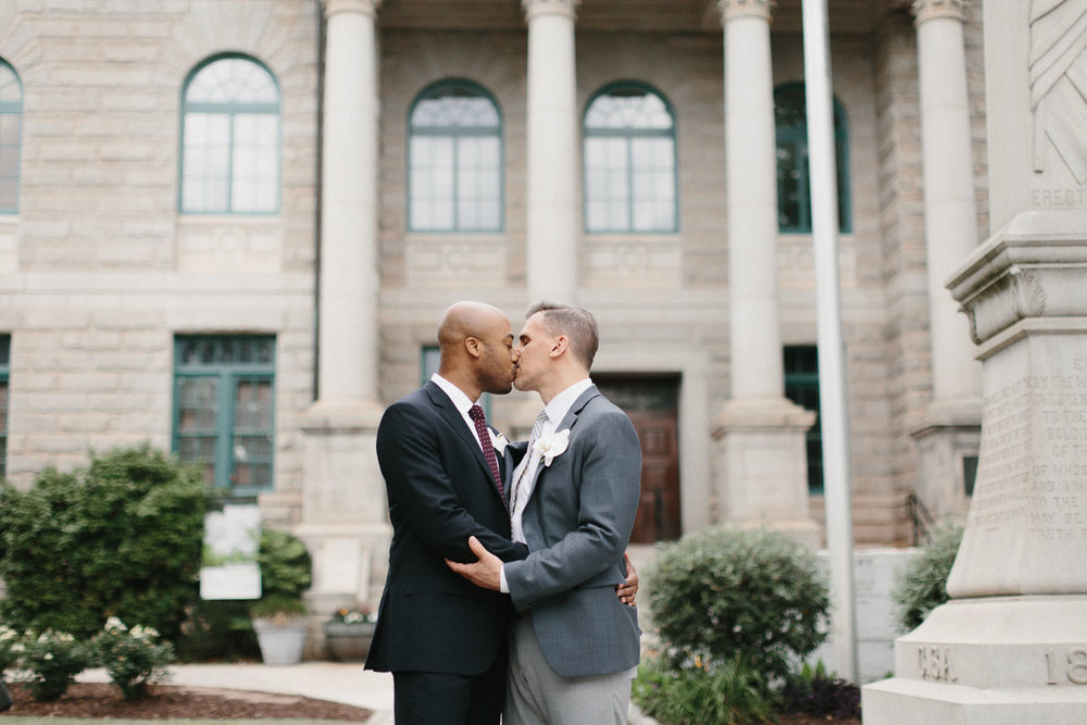 decatur_atlanta_courthouse_elopement_dekalb_gay_weddings-1358.jpg