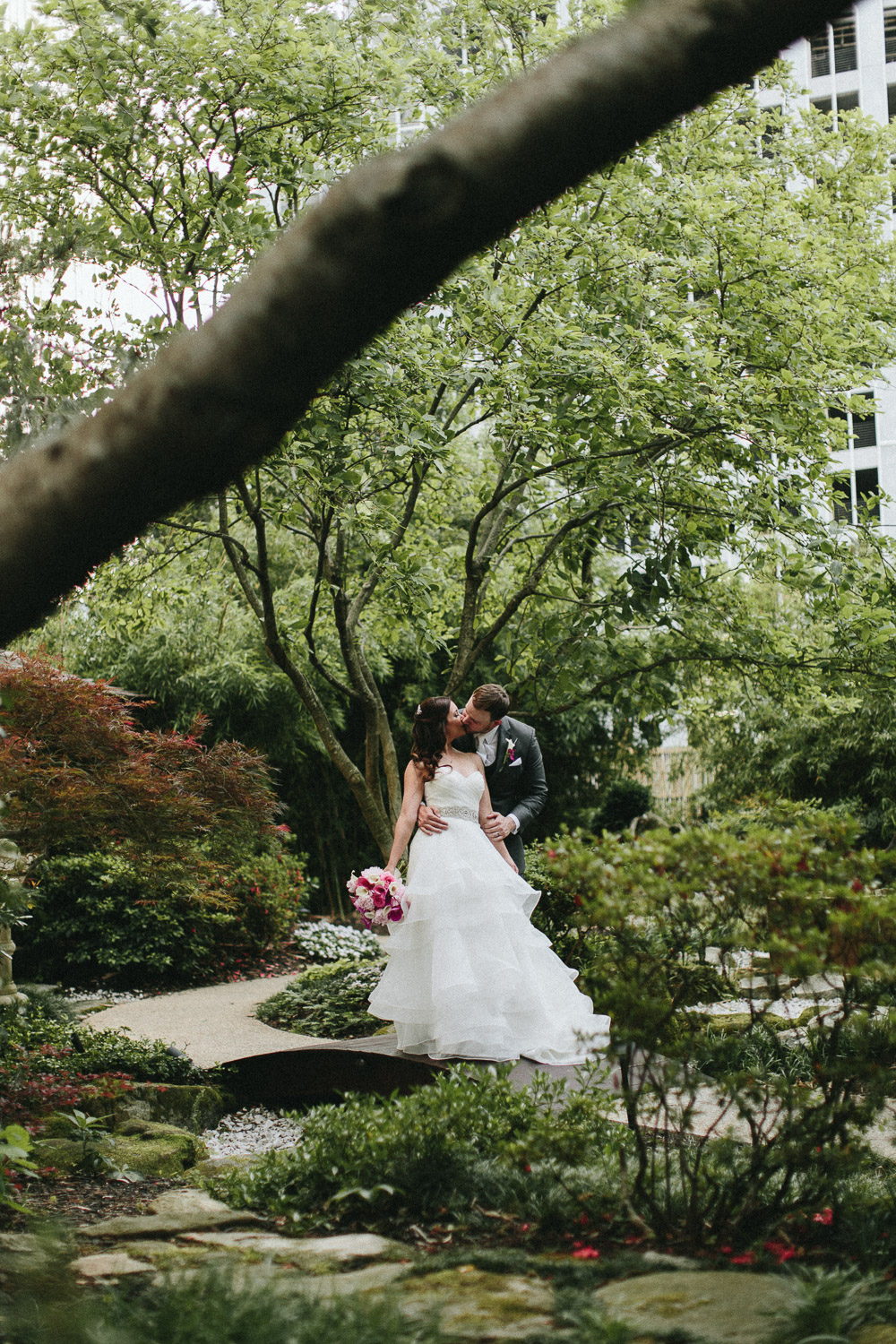 hyatt_regency_buckhead_atlanta_wedding_photographers-1697.jpg