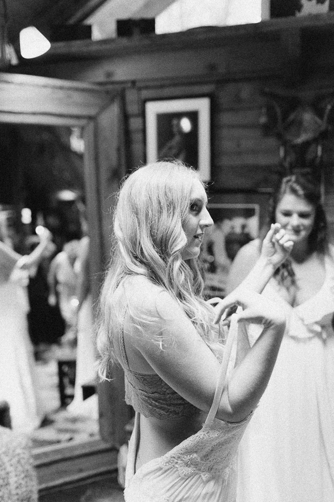 neverland_farms_organic_bohemian_woodland_wedding_georgia-43.jpg