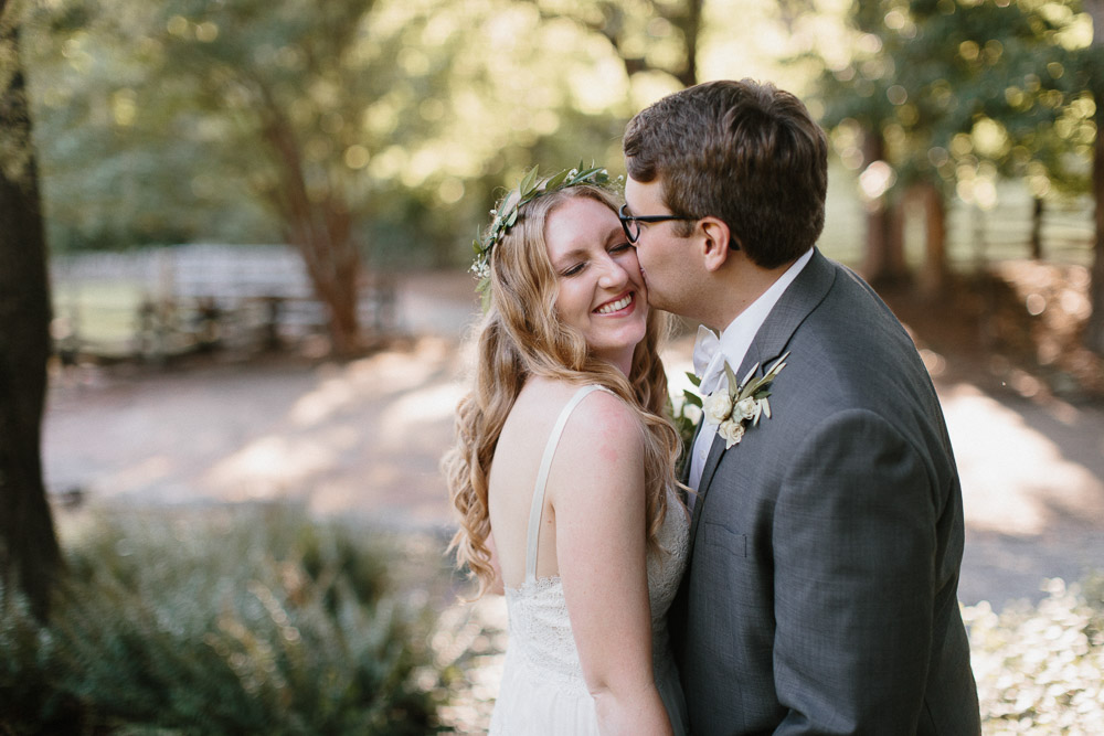 neverland_farms_organic_bohemian_woodland_wedding_georgia-480.jpg