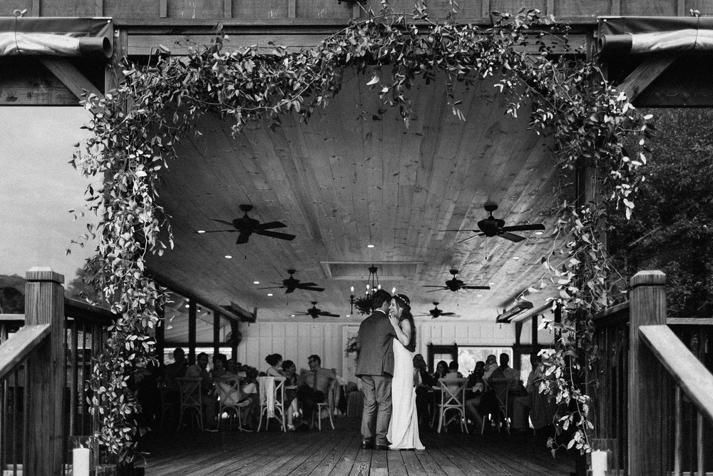 glen_ella_meadow_creekside_atlanta_wedding_photographers_1986.jpg