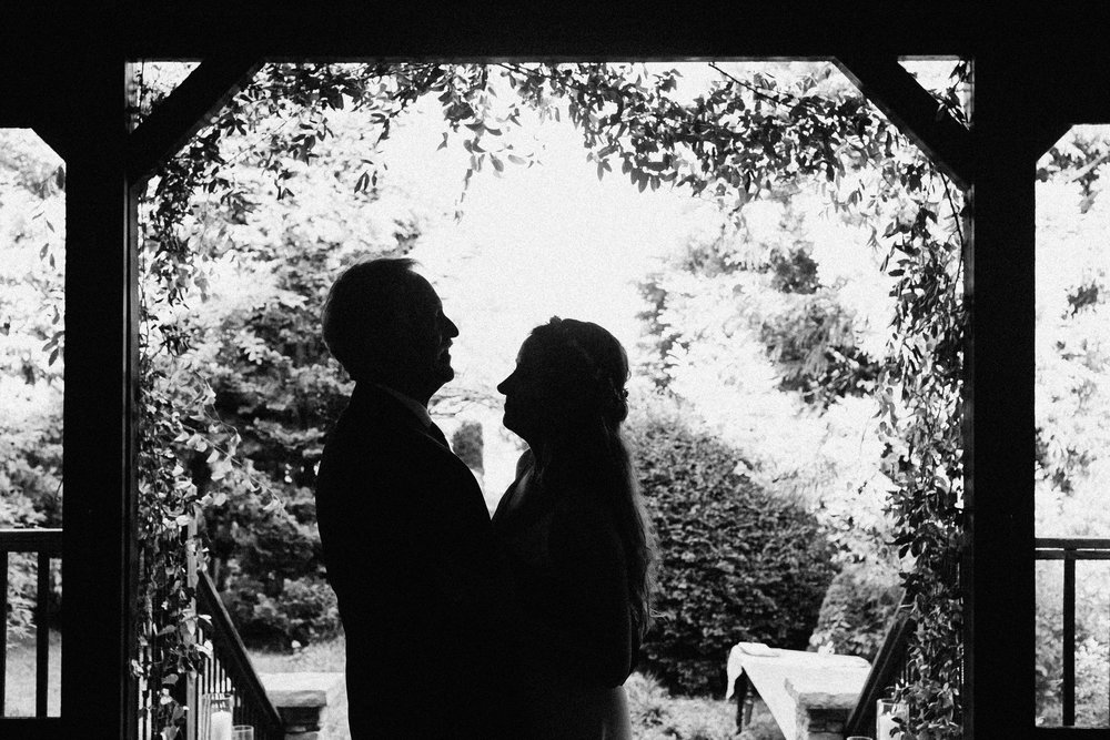 glen_ella_meadow_creekside_atlanta_wedding_photographers_2012.jpg