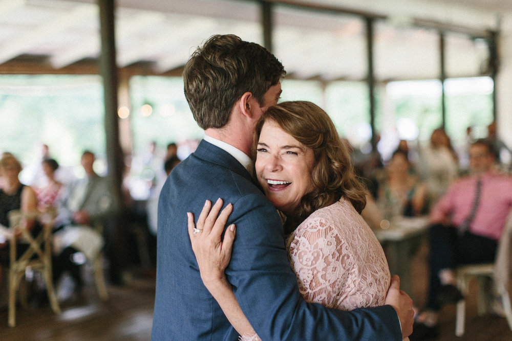 glen_ella_meadow_creekside_atlanta_wedding_photographers_2023.jpg