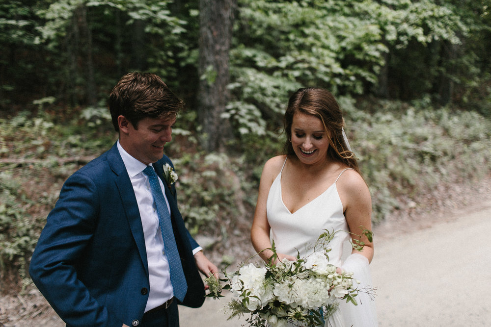 glen_ella_meadow_creekside_atlanta_wedding_photographers_1430.jpg