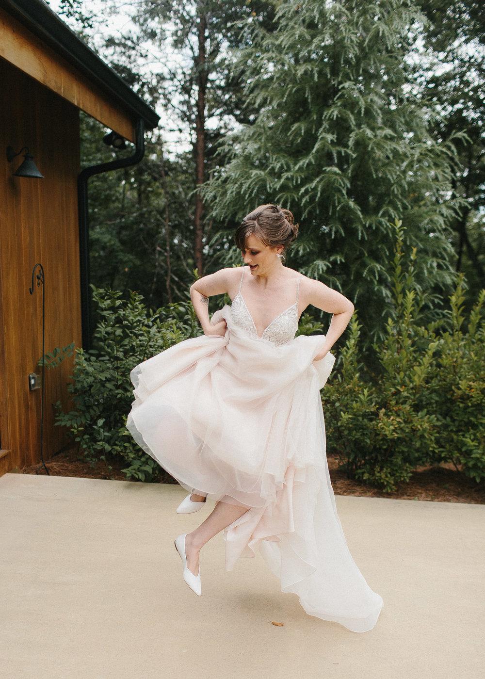 dahlonega_juliette_chapel_photojournalism_atlanta_wedding_photographers_1312.jpg