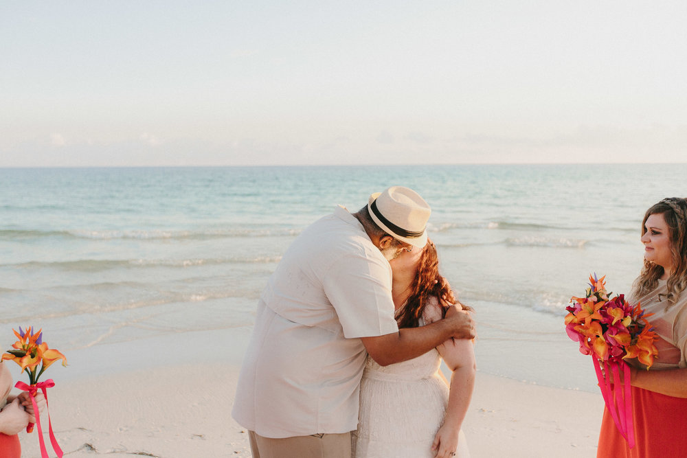 destin_sunset_beach_elopement_intimate_wedding_photographer_florida_documentary_1219.jpg