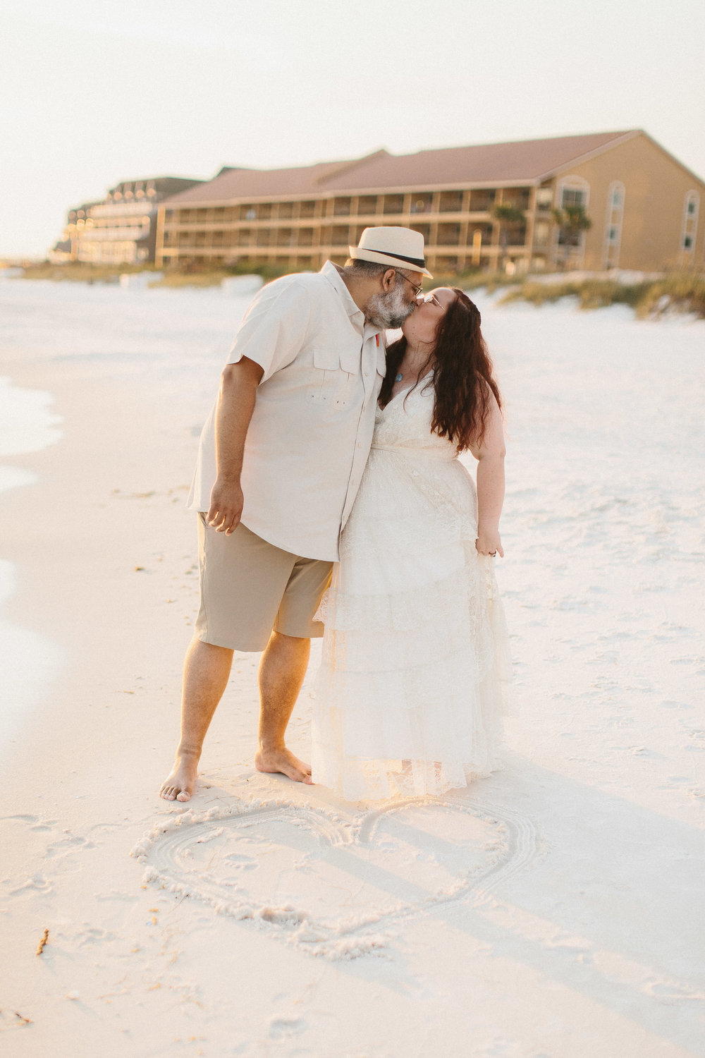 destin_sunset_beach_elopement_intimate_wedding_photographer_florida_documentary_1270.jpg
