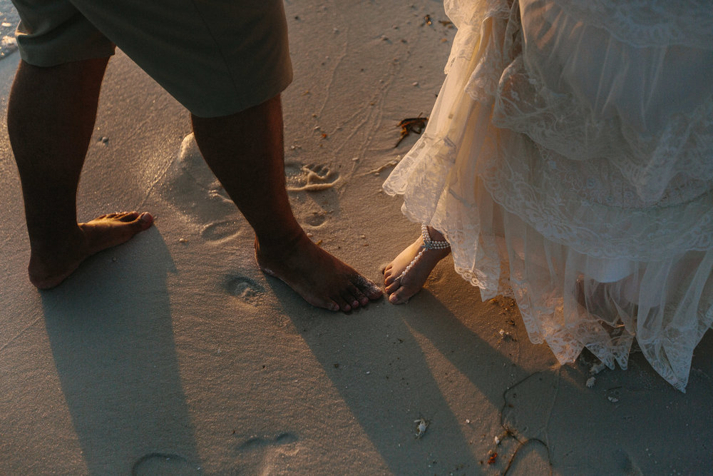 destin_sunset_beach_elopement_intimate_wedding_photographer_florida_documentary_1268.jpg