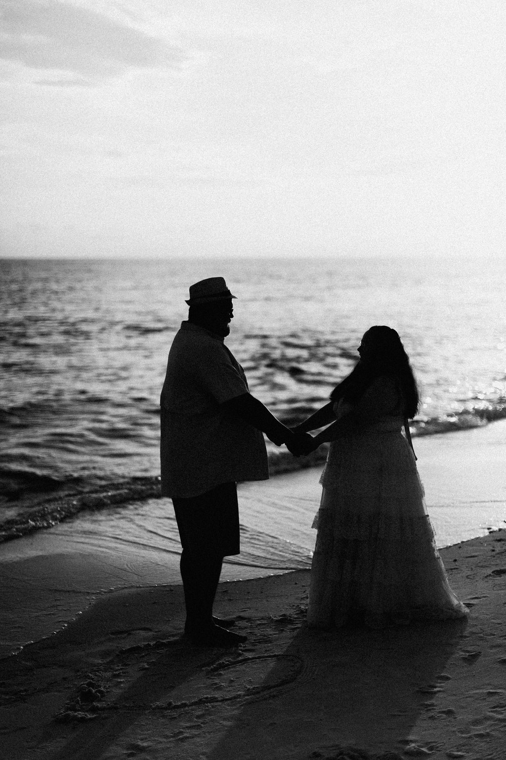 destin_sunset_beach_elopement_intimate_wedding_photographer_florida_documentary_1283.jpg