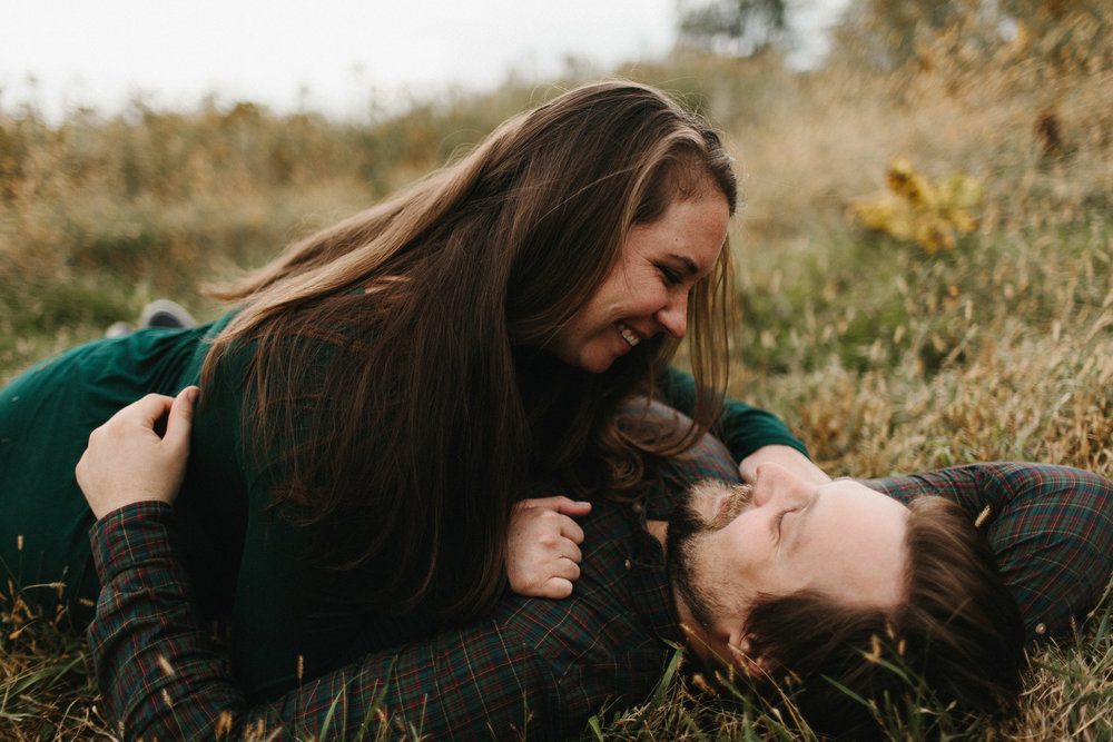 iowa_city_engagement_adventure_prairie_graduate_at_home_dog_couples_downtown_wilsons_orchard_1276.jpg