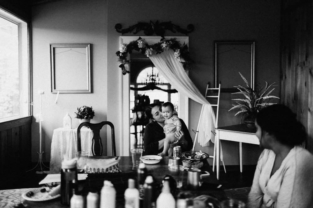 cleveland_georgia_mountain_laurel_farm_natural_classic_timeless_documentary_candid_wedding_emotional_photojournalism_river_west_1037.jpg